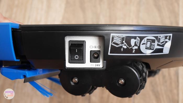 Philips-SmartPro-Compact-Robot-Vacuum-Cleaner-FC8776-05-01