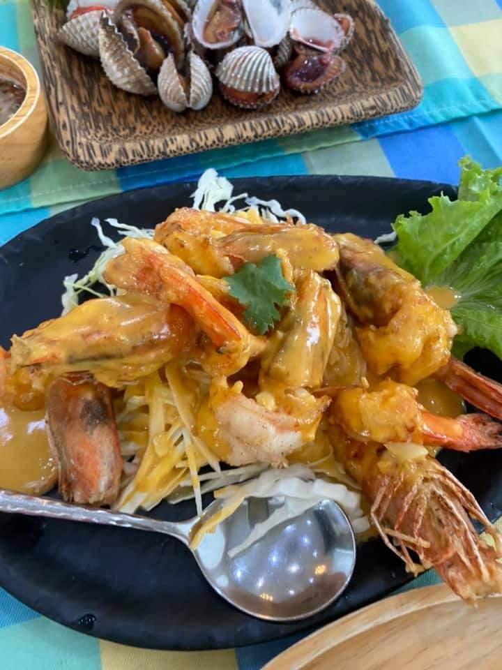 """รีวิวร้านอาหาร """"ขวัญข้าว ริเวอร์ไซด์"""" บรรยากาศดี อาหารอร่อย เหมาะกับ ครอบครัว review pantip wongnai chill painai พันทิป ชิลไปไหน"""
